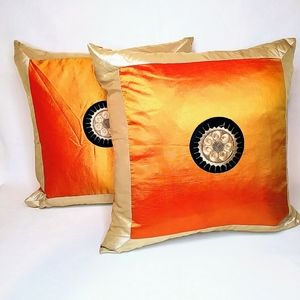 Other - 2 Silk Pillowcases with zippers